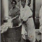 Blanchisseuses dans la buanderie, Cayenne, Guyane
